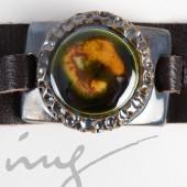 Odinė juoda apyrankė su tamsiai žalia keramika dekoruotais kraštais