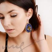 Apvalūs labai dideli mėlyni auskarai dekoruotais kraštais