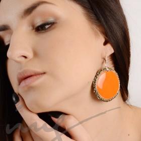 Apvalūs labai dideli oranžiniai auskarai dekoruotais kraštais
