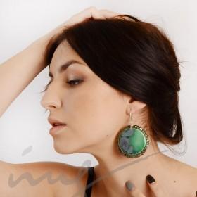 Apvalūs labai dideli skaisčiai žali auskarai dekoruotais kraštais