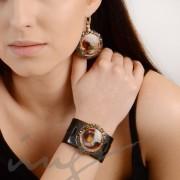 Apvalūs dideli bordo auskarai dekoruotais kraštais