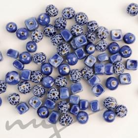Rankų darbo keramikiniai karoliukai - tamsiai mėlyna, 1,2mm skylute